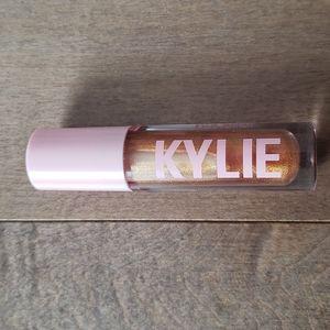 New Kylie gloss in yesss girl